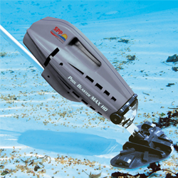 Battery-Powered Pool and Spa Vacuum