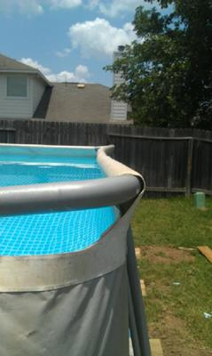 Intex Pool Side Bowed