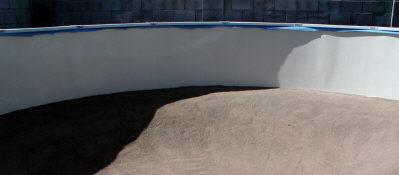 above ground pool sitting empty