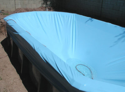 expandable liner in oval pool