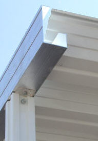 Aluminum extruded gutter