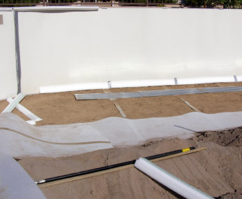 installing pre-formed pool cove