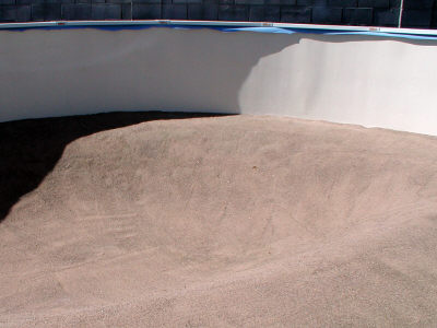 ledge for deep end in above ground pool