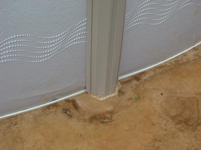 Pool Wall Buckle
